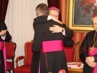 imenovanje biskupa (60)