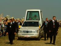 07-06-2003_pohod-pape-ivana-pavla-II-23