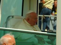 07-06-2003_pohod-pape-ivana-pavla-II-24
