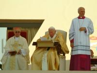 07-06-2003_pohod-pape-ivana-pavla-II-34