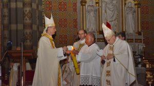 Vazmeno bdijenje – vrhunac i središte Svetoga trodnevlja u đakovačkoj katedrali