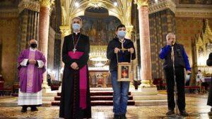 U Nadbiskupiju stiglo betlehemsko svjetlo mira